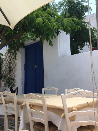 Lefkiano Restaurant : photo1.jpg