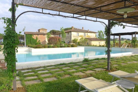 Cortona Resort - Le Terre dei Cavalieri: La piscine