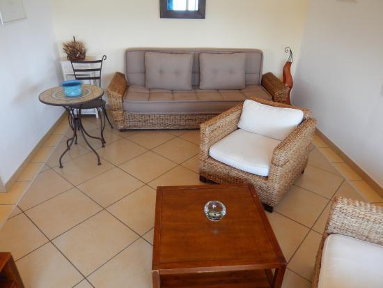 Levolle Marine Hotel Et Residence : Room 3 sitting area