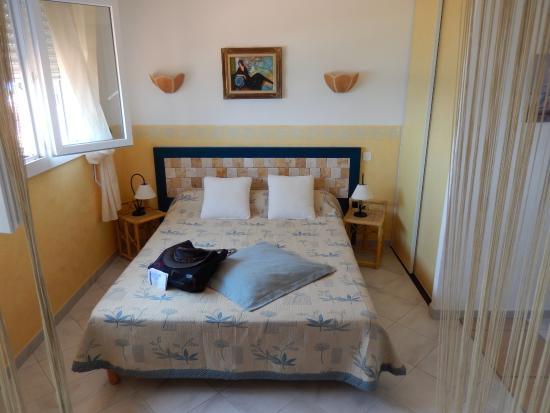 Levolle Marine Hotel Et Residence : Bedroom area