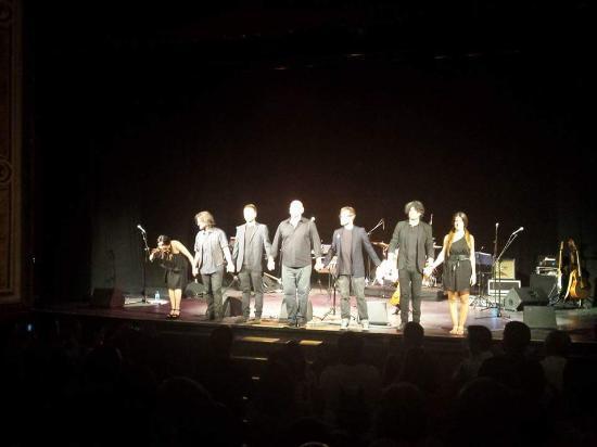 Extremadura Hotel : En Cáceres axis tiendo a un maravilloso concierto de Tontxu Ipiña. En el Gran Teatro de Cáceres.