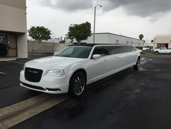 Chrysler Limo Picture Of Super City Limos Pinole - Chrysler 300 limo