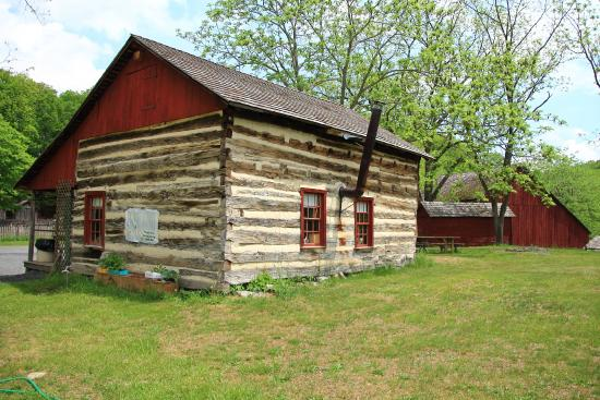Quiet Valley Living Historical Farm: Quiet Valley Farm