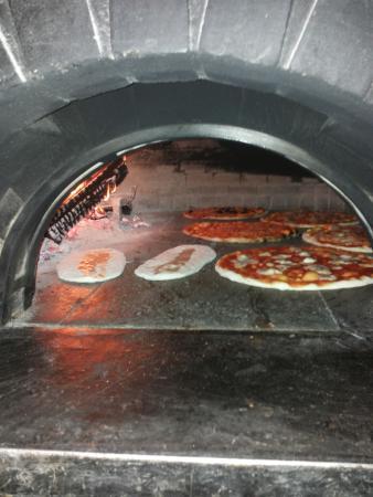 forno tantastico pizza speciale