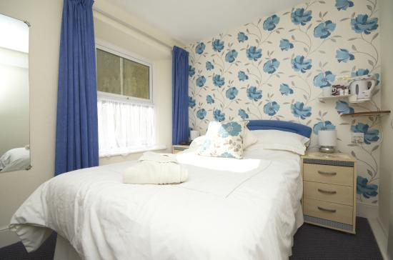 Harcourt Hotel: Single Room