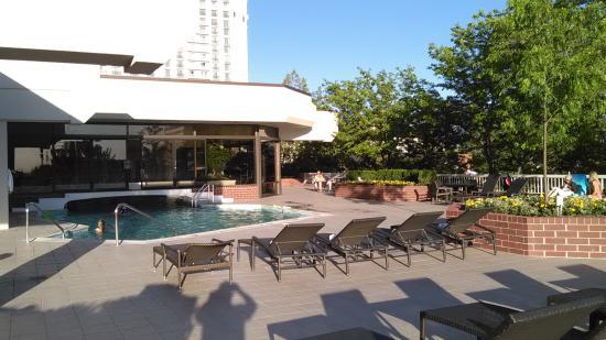 Little America Hotel: 2nd Floor Tower Indoor/outdoor Swimming Pool