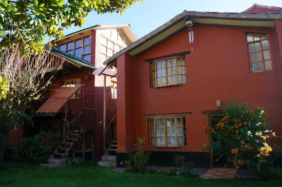 Hospedaje Los Jardines: Les 2 bâtiments abritant les chambres