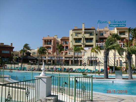 piscina familiar picture of pierre vacances village club terrazas costa del sol manilva. Black Bedroom Furniture Sets. Home Design Ideas