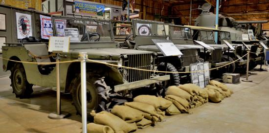 U.S. Veterans Memorial Museum : Hail to the jeep