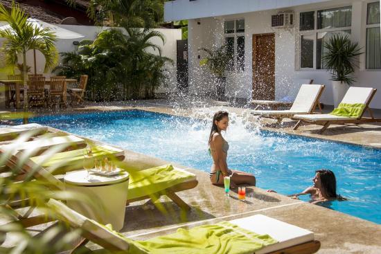 Diversión en el agua: fotografía de Tucan Suites Aparthotel, Tarapoto -  Tripadvisor