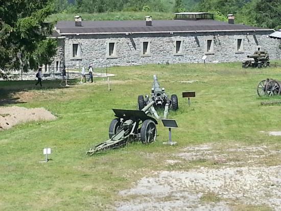 Museo Forte Bramafam: Artiglieria