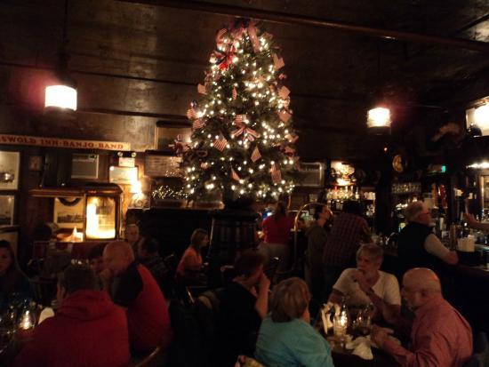 Griswold Inn ~ Dining: una delle stanze del locale