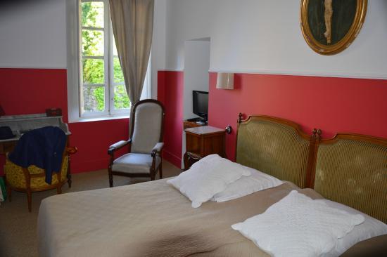Hotel Restaurant des Deux Rocs: chambre