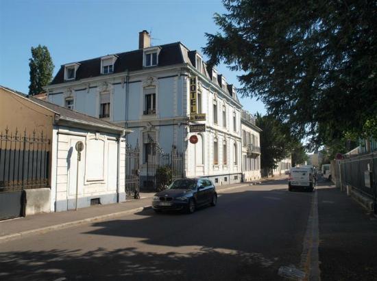 Hotel Du Musee-Gare : Main building