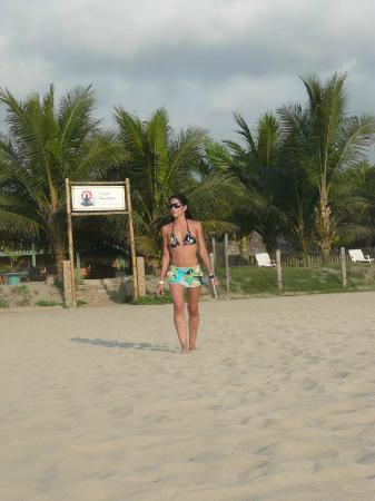 Hostal Kundalini : Acceso por la playa