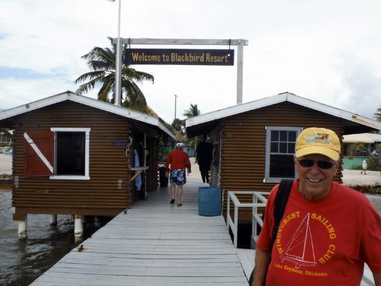 Turneffe Island, Belice: Blackbird Cay Welcome on the Pier