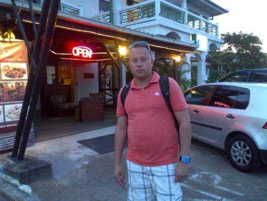 Tran Elite Hotel Apartments : JONATHAN QUERALES ´+58 0412-6707453