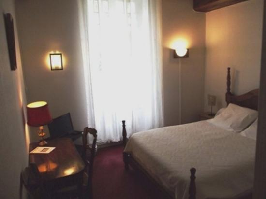 Cierzac, France : chambre