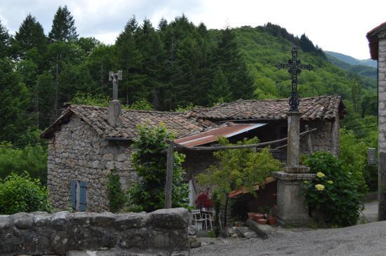 L'Auberge de Barnas : le village