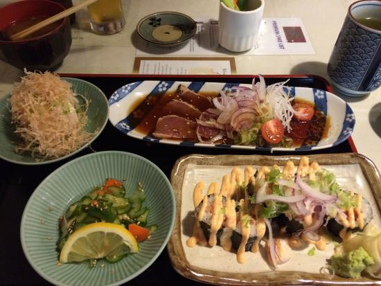 Goshi: Tataki and roll combo for lunch. The spicy salmon roll was wonderful!  Great little place for lu