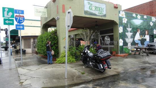 strawberry forrest cake picture of garden cafe dade city tripadvisor