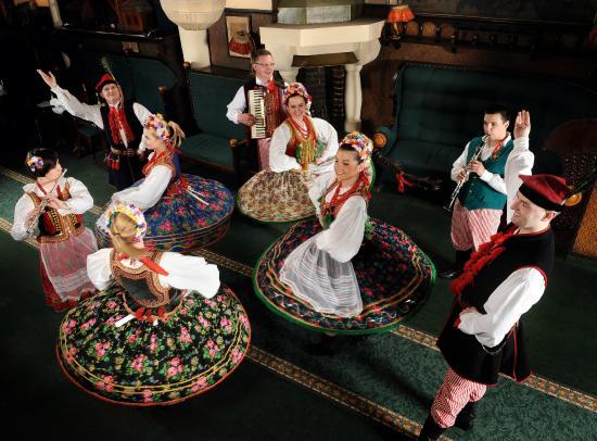 Folk Show