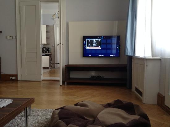 Residence Brehova - Prague City Apartments: Living room