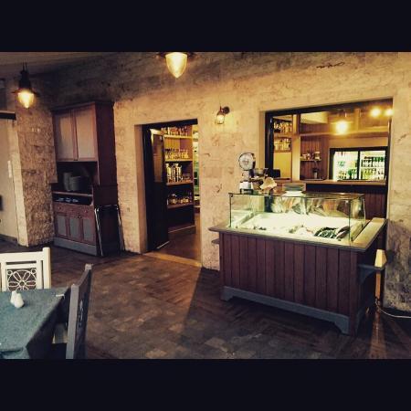 Kalamatianos Seafood Restaurant : Προσπαθήσαμε να παρουσιάσουμε ένα χώρο αντάξιο των προσδοκιών και της εμπιστοσύνης σας.