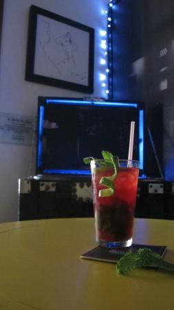 Bar restaurante la cueva barranquilla fotos n mero de for Restaurante la sangilena barranquilla telefono