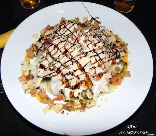L'atelier Clandestino Gourmet: La parrillada IMPRESIONANTE!!!!!! Y la ensalada buenisima con un magnifico servicio ❤️❤️❤️❤️❤️