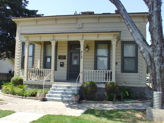 Oakdale, CA: getlstd_property_photo