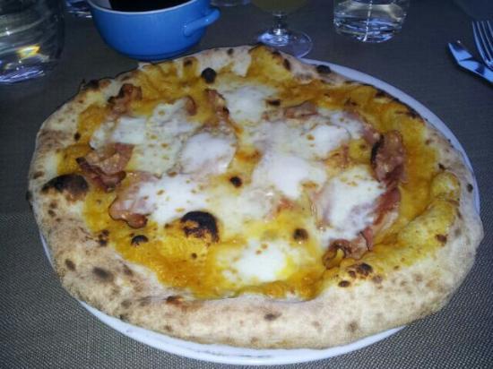 San Donato in Poggio, Italie: Pizze davvero originali!