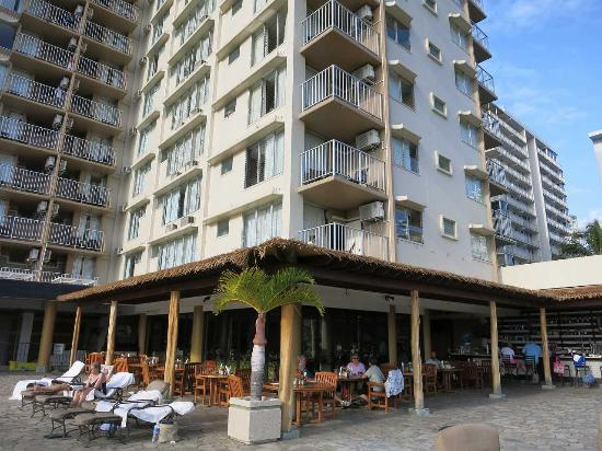 Read Reviews Of Queen Kapiolani Hotel Kulana Terrace Bar