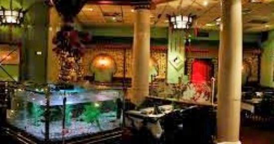 Tang's Restaurant: Koselig atmosfære der inne.