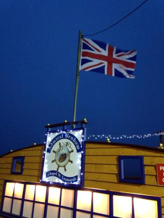 Chapel St. Leonards, UK: If the flags flying, there open .