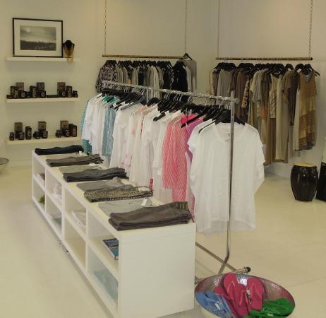 Old Town La Quinta : Elizabeth & Prince Resort Lifestyle Boutique