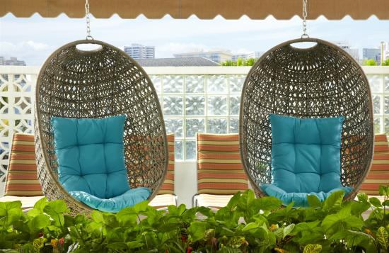 Aqua Oasis: Pool Deck Swinging Baskets