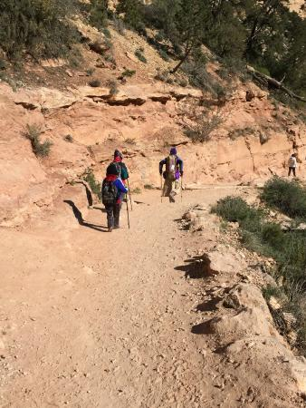 Grand Canyon Association: Walking down the Bright Angel Trail