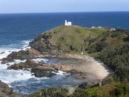 Tacking Point Light from the overlook. - Picture of Tacking Point Lighthouse,  Port Macquarie - Tripadvisor