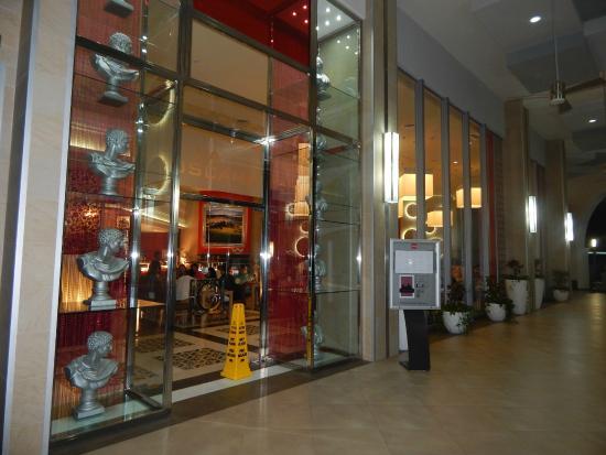 Restaurante Italiano - La Toscana - Picture of Hotel Riu Cancun ...