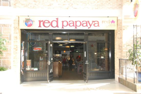 ‪Red Papaya Bar & Grill‬