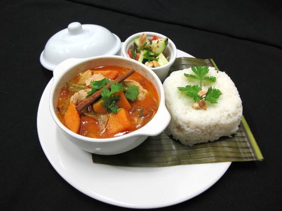 Ave Del Paraiso: Kaeng Matsaman - Massaman Curry