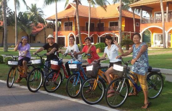 The Privacy Beach Resort & Spa: ปั่นจักรยาน สูดอากาศริมชายหาด