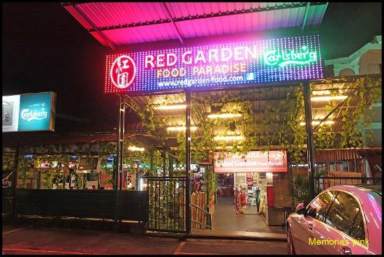 Red Garden Food Paradise Night Market Penang