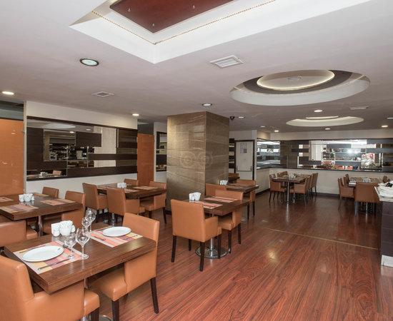Laleli gonen hotel istanbul turkiet omd men och for Hotels in istanbul laleli area
