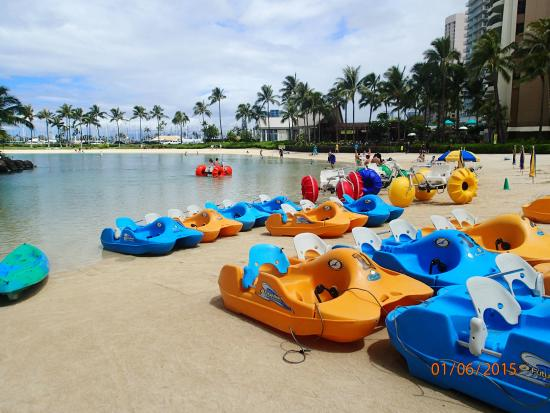 Hilton Hawaiian Village Waikiki Beach Resort Water Activities In The Lagoon