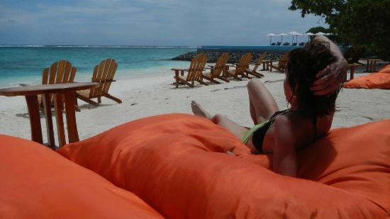 Summer Island Maldives: bar area
