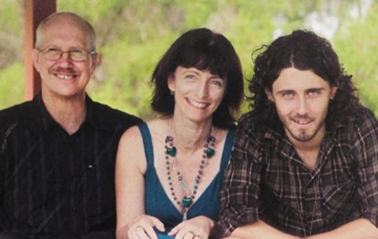 Mountain Sanctuary B&B: Your hosts - Jeff, Linda & Jason
