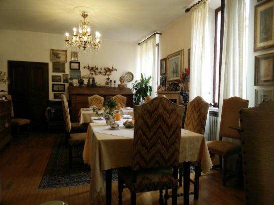 Locanda Borgonuovo B&B: Sala colazione