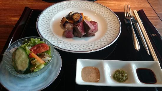 Aoyama Teppanyaki (Griddle cuisine) Fujimaru